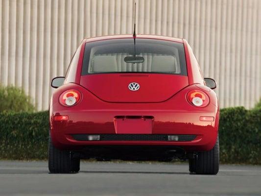 2010 Volkswagen New Beetle Coupe 2 5L